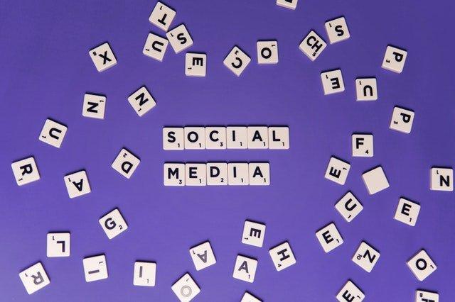 dangers médias sociaux